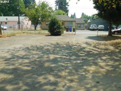 Milwaukie Residential Lots & Land For Sale: 6601 SE Jordan St Next To