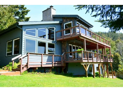 Gold Beach OR Single Family Home For Sale: $629,000