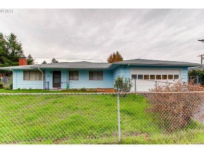 Portland Single Family Home For Sale: 663 SE 175th Pl