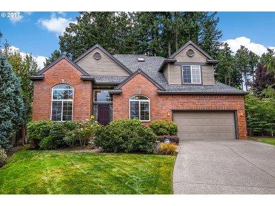 Beaverton Single Family Home For Sale: 15675 SW Brighton Ct