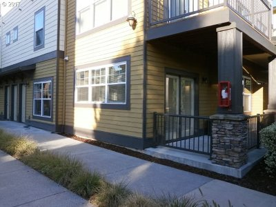 Happy Valley OR Condo/Townhouse For Sale: $199,900