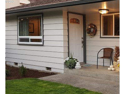 Coos Bay Single Family Home For Sale: 1170 Hemlock Ave