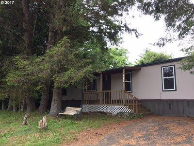 Lincoln City Single Family Home For Sale: 712 SE Neptune Ave Lin