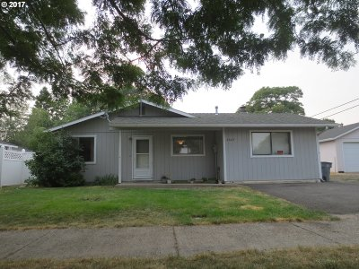 la grande Single Family Home For Sale: 2604 Spruce St