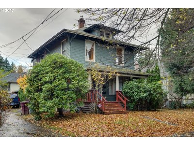 Single Family Home For Sale: 3603 SE Washington St