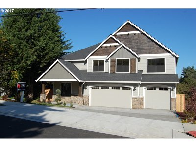 West Linn Single Family Home For Sale: 2415 Dillow Dr