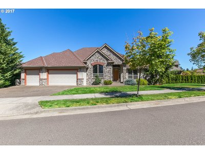 Happy Valley OR Single Family Home For Sale: $649,950