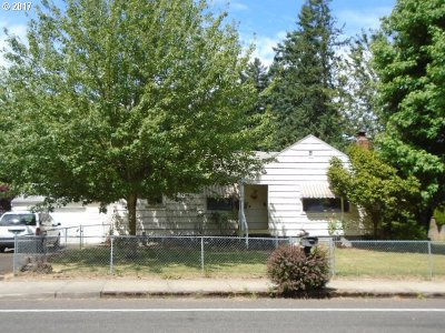 Single Family Home For Sale: 805 NE 172nd Ave