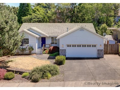 Portland Single Family Home For Sale: 7630 SE 109th Ave