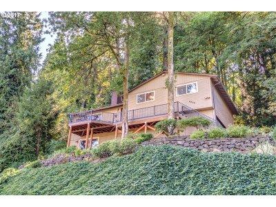 Milwaukie Single Family Home For Sale: 6324 SE Wildlife Estates Dr