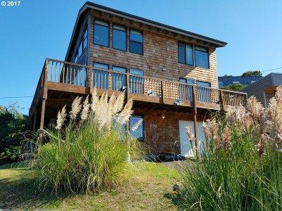 Manzanita Single Family Home For Sale: 776 Beach St