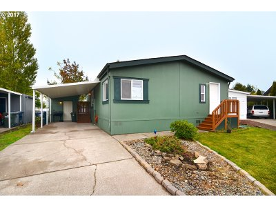 Eugene Single Family Home For Sale: 1699 N Terry St Space 320