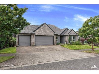 West Linn Single Family Home For Sale: 4710 Summer Run Dr