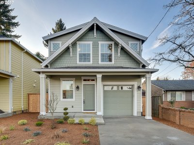 Milwaukie OR Single Family Home For Sale: $399,900