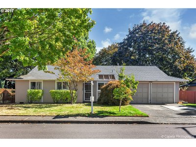 Single Family Home For Sale: 8560 SW Fannowood Ln