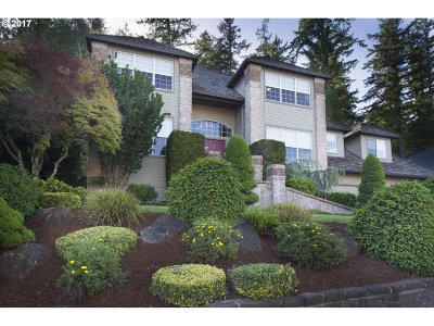 Clackamas Single Family Home For Sale: 14833 SE 117th Ave
