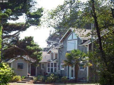 Coos Bay Single Family Home For Sale: 90156 Cape Arago Hy