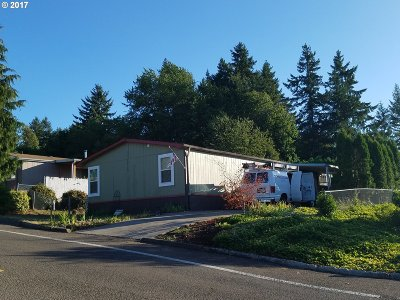 Oregon City Single Family Home For Sale: 18149 Country Village Dr