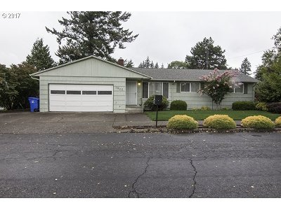 Single Family Home For Sale: 1905 SE 154th Ave