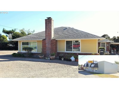 Brookings Single Family Home For Sale: 15714 Hwy 101
