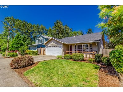 Tigard Single Family Home For Sale: 10463 SW Titan Ln