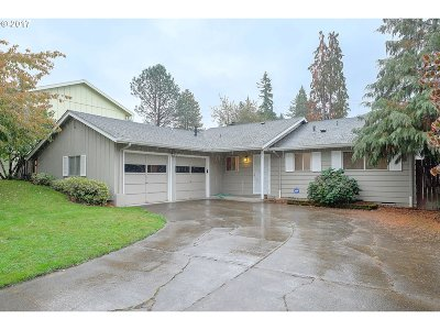 Portland Single Family Home For Sale: 13100 NW Westlawn Ter