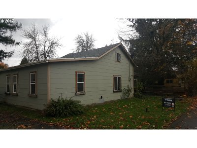 Cottage Grove, Creswell Single Family Home For Sale: 1641 E Gibbs Ave