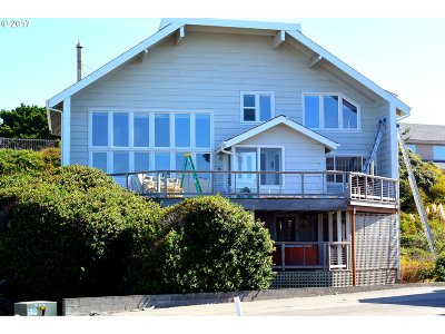 Gold Beach Single Family Home For Sale: 30595 Sandy Dr