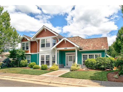 Portland Single Family Home For Sale: 10992 NW Appellate Way