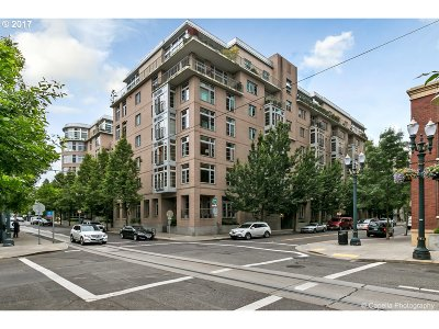 Condo/Townhouse For Sale: 1130 NW 12th Ave #300
