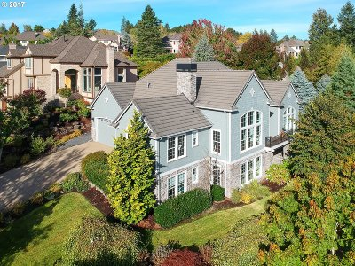 West Linn Single Family Home For Sale: 3595 Riverknoll Way