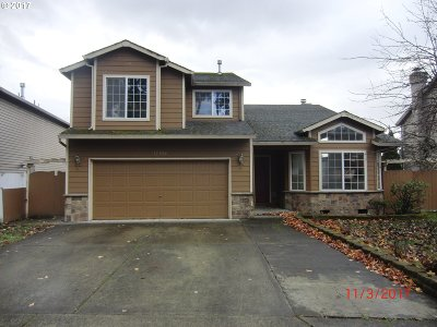 Portland Single Family Home For Sale: 17500 NW Reindeer Dr