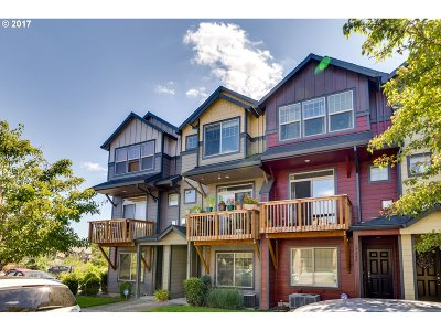 Beaverton Single Family Home For Sale: 17438 SW Rose Petal Ln