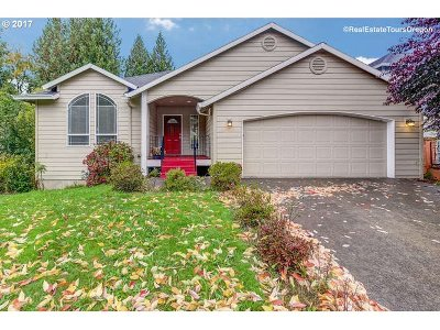 Clackamas Single Family Home For Sale: 13905 SE 141st Ave
