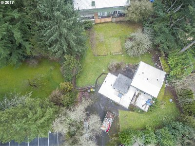 Single Family Home For Sale: 10000 SW Beaverton Hillsdale Hwy
