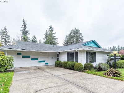 Single Family Home For Sale: 12000 SW King James Pl
