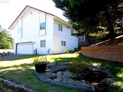 Coos Bay Single Family Home For Sale: 91110 Cape Arago Hy