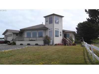 Bandon Single Family Home For Sale: 3868 Grant Pl