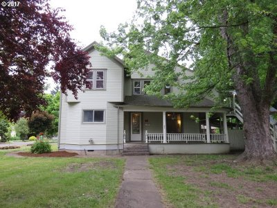 Woodburn Single Family Home For Sale: 807 N 1st St