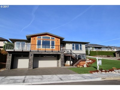 Washougal Single Family Home For Sale: 639 W Chestnut St