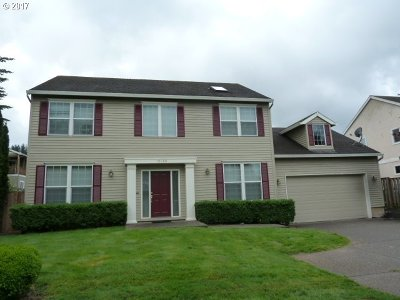 Happy Valley Single Family Home For Sale: 13560 SE Oregold Pl