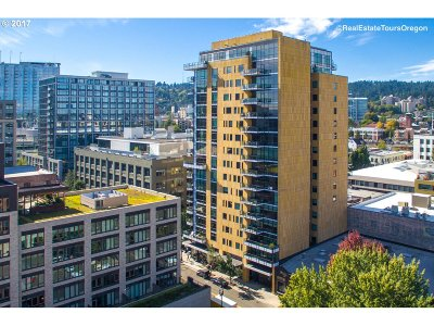 Condo/Townhouse For Sale: 311 NW 12th Ave #302