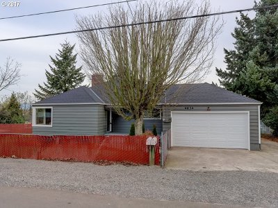 Portland Single Family Home For Sale: 4634 NE 115th Ave