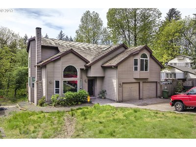 Lake Oswego Single Family Home For Sale: 7190 Childs Rd