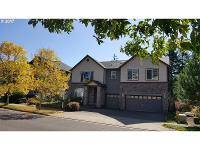 Happy Valley, Clackamas Single Family Home For Sale: 14528 SE Vista Heights St