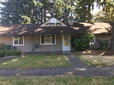 Single Family Home Sold: 14634 SE Hawthorne Ct