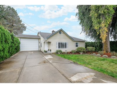 Hillsboro Single Family Home For Sale: 540 SW 345th Ave
