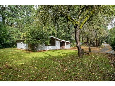 Lake Oswego OR Single Family Home For Sale: $779,000