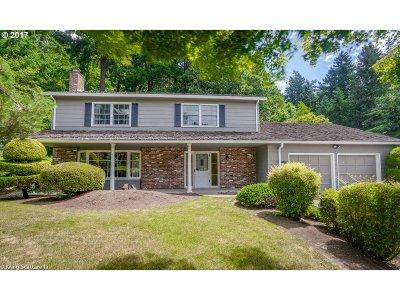 Portland Single Family Home For Sale: 1600 SW Parkwood Dr