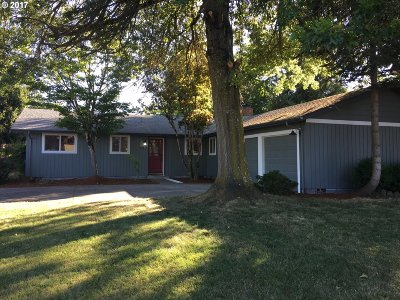 Eugene Single Family Home For Sale: 982 Welcome Way